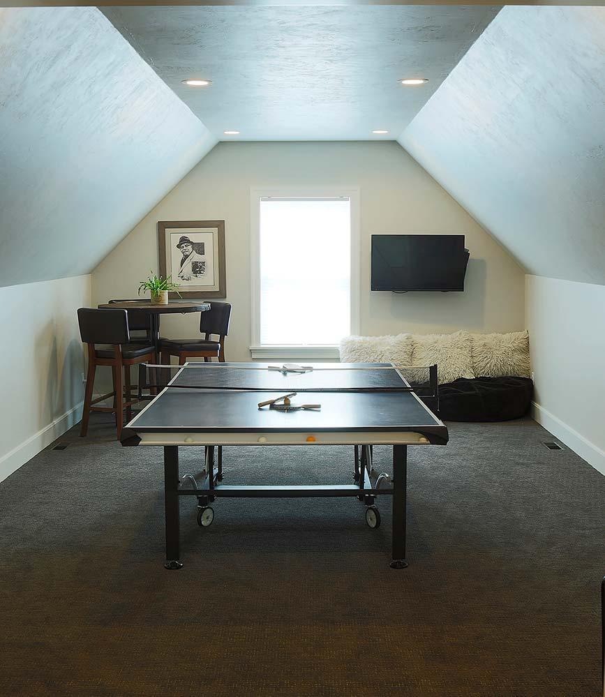 New Construction Pelican Landing Extra Room