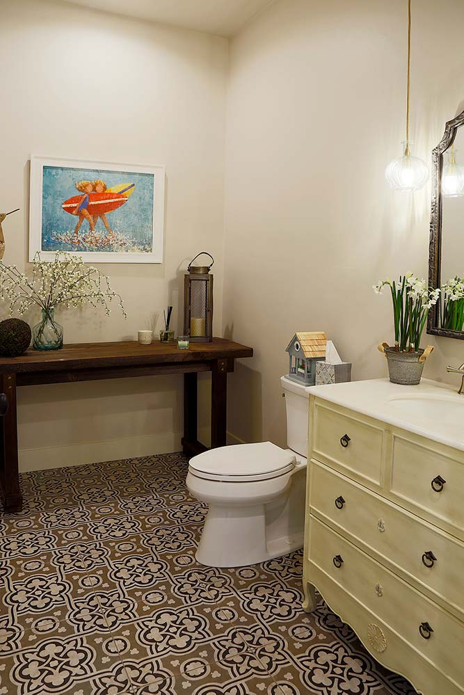 New Construction Whitecliff Cottage Bathroom